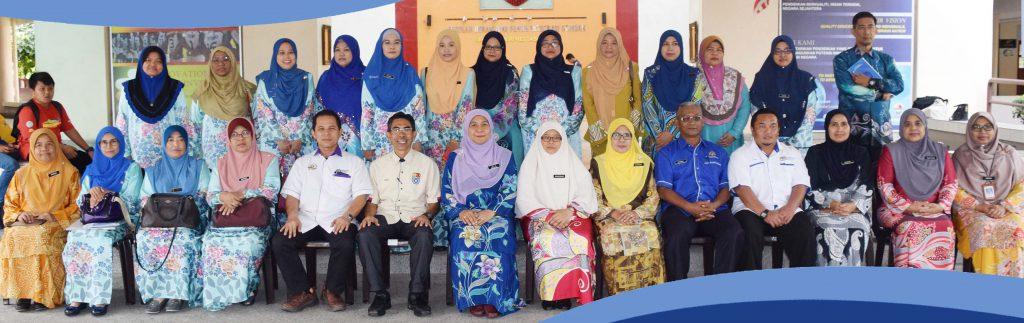 Lawatan Penandaarasan oleh SM Sains Kuala Terengganu